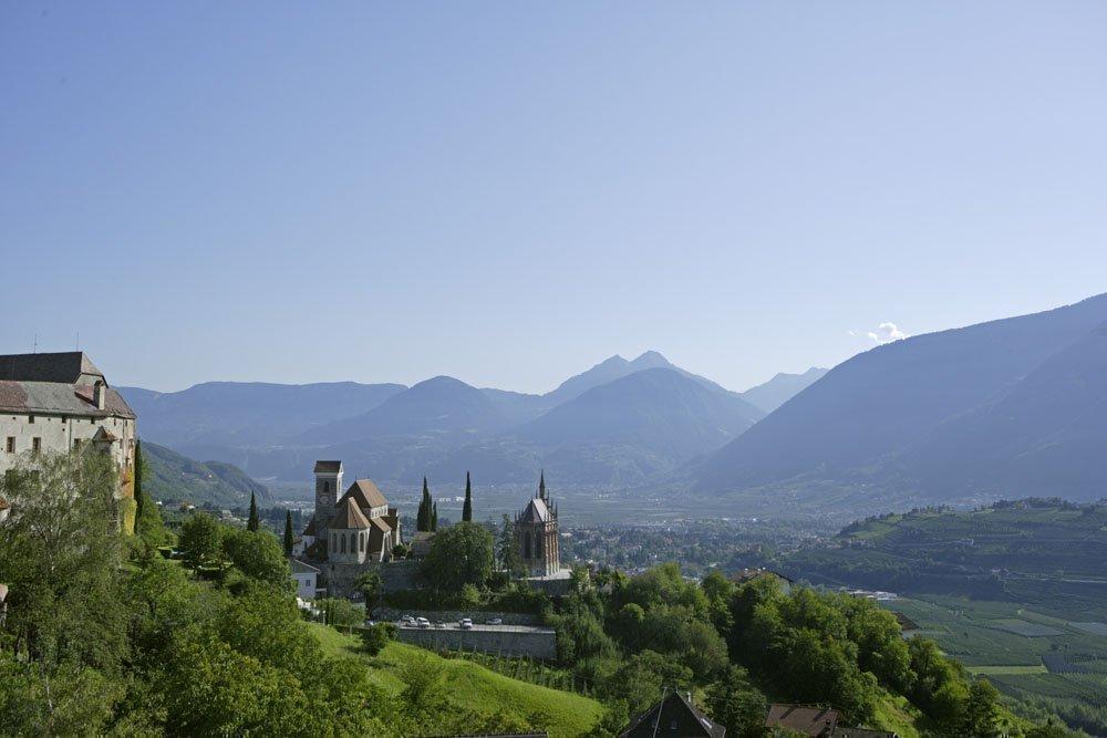 Vacanze in agriturismo in Val d'Ultimo: il paradiso naturale di fronte alla casa